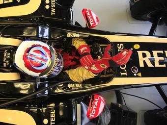 Renault нашла причину низкой скорости своих болидов