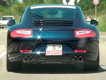 Новый Porsche 911 засняли без камуфляжа