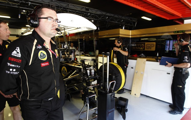 Интервью с руководителем команды Renault Эриком Булье. Фото 2