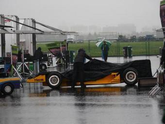 Первый день этапа INDYCAR в Эдмонтоне отменен из-за дождя