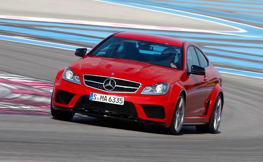 Mercedes-Benz рассекретил самое мощное купе С-Class