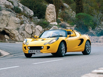 В США проверят исправность спорткаров Lotus Elise