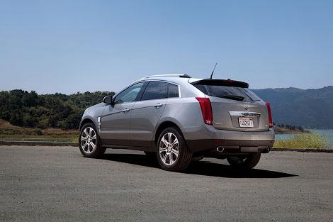 Компания Cadillac представила кроссовер SRX 2012 модельного года