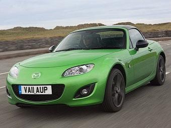 Компания Mazda представила специальные версии MX-5 и Mazda2