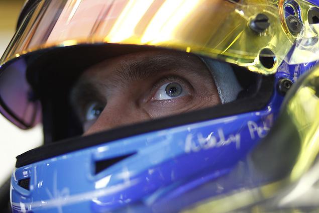 Интервью с менеджером гонщика Формулы-1 Виталия Петрова Оксаной Косаченко. Фото 4