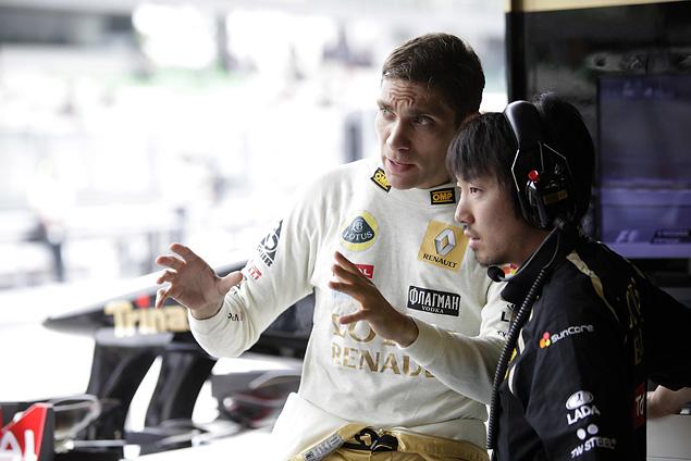 Интервью с менеджером гонщика Формулы-1 Виталия Петрова Оксаной Косаченко. Фото 5