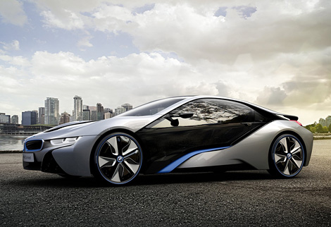 Компания BMW официально представила прототип гибридного спорткара i8