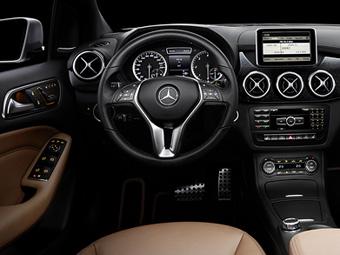 Появились фотографии интерьера нового Mercedes-Benz B-Class
