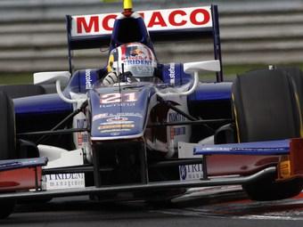 Стефано Колетти выиграл спринтерский заезд венгерского этапа GP2