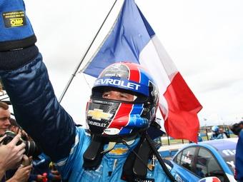 """Иван Мюллер выиграл первую гонку WTCC в """"Ошерслебене"""""""