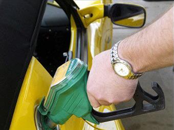 Автопроизводители согласились снизить вдвое расход топлива в США