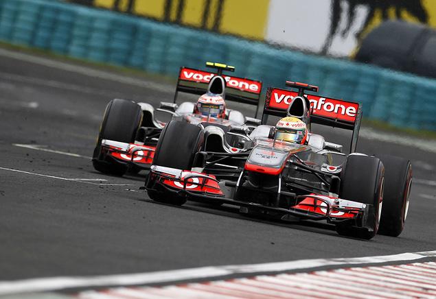 Дженсон Баттон выиграл еще одну дождевую гонку. Фото 2