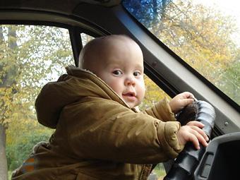 В Новой Зеландии повысили водительский возраст