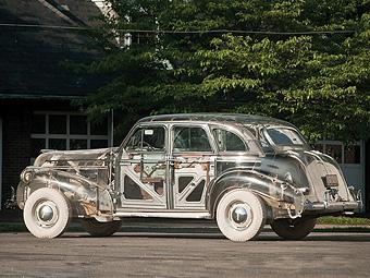 Pontiac с прозрачным кузовом продали на аукционе