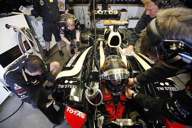 Квалификация Формулы-1 изнутри. Фото 2