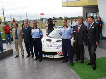 Румынской полиции передали спорткар Lotus Evora S