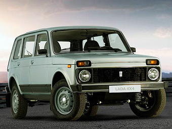 Каждым четвертым проданным в России автомобилем стал внедорожник