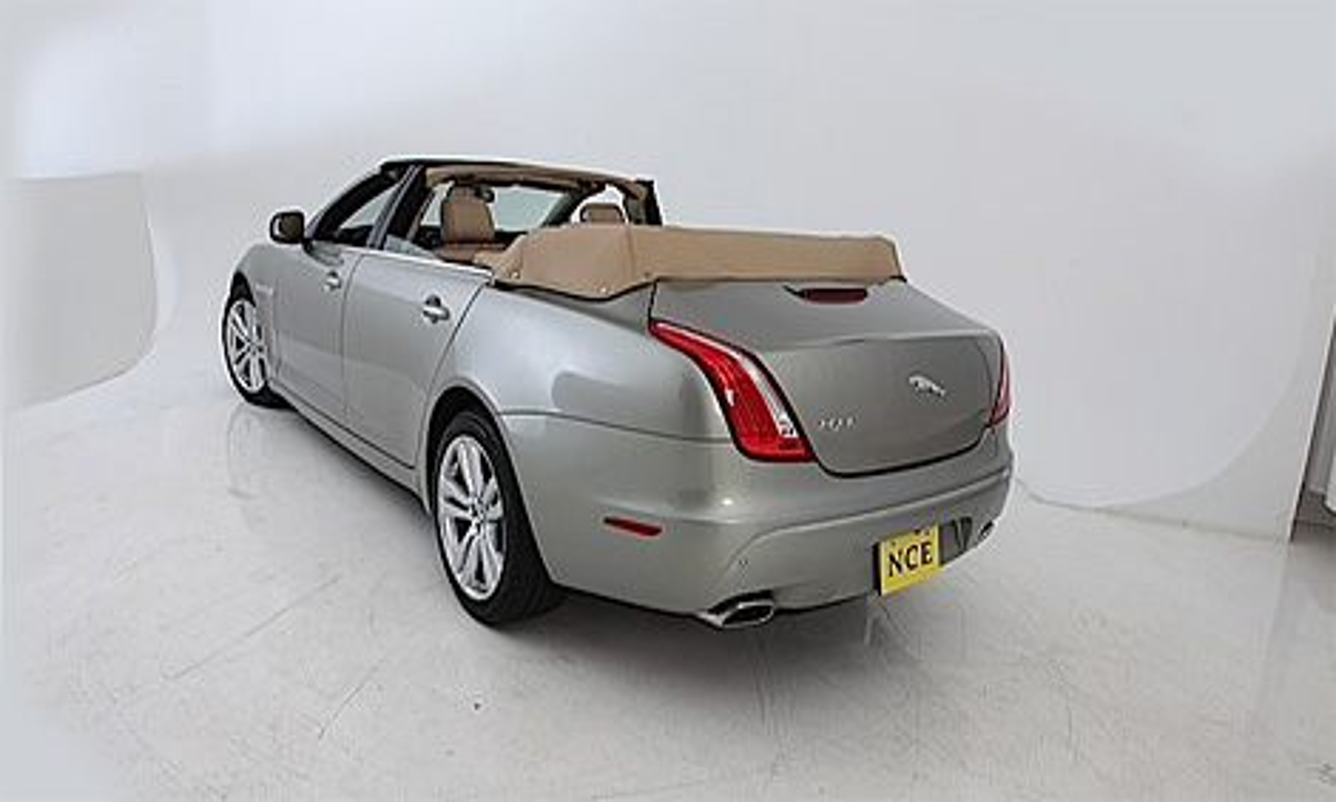 Компания NCE разработала  открытую модификацию четырехдверного седана Jaguar XJ. Фото 2