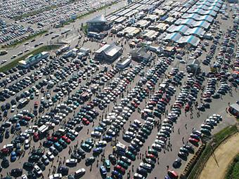 В 2011 году россияне потратили на автомобили более триллиона рублей