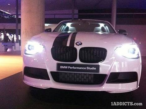 """Появились фотографии прототипа """"заряженной"""" версии хэтчбека BMW 1-Series. Фото 1"""