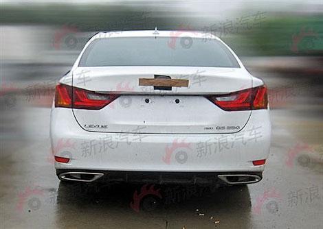 Фотошпионы засняли в Китае седан Lexus GS следующего поколения. Фото 2