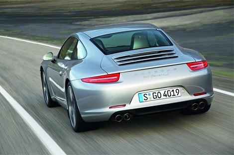 Изображения спорткупе Porsche 911 нового поколения попали в интернет до официальной премьеры. Фото 2