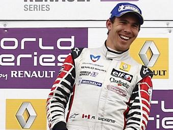 Викенс выиграл второй заезд Формулы-Renault 3.5 в Сильверстоуне