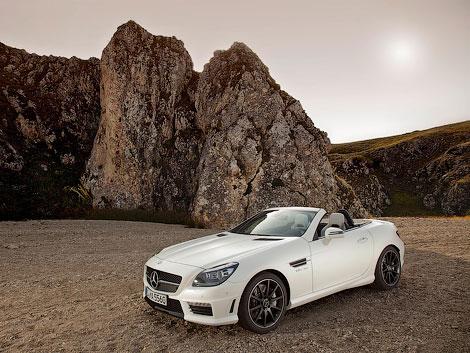 """Компания Mercedes-Benz показала """"заряженный"""" родстер SLK55 AMG. Фото 1"""