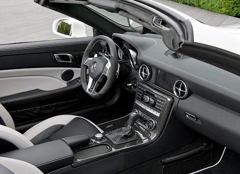 """Компания Mercedes-Benz показала """"заряженный"""" родстер SLK55 AMG. Фото 3"""