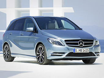 Опубликована первая фотография нового Mercedes-Benz B-Class