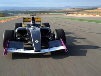 В Сильверстоуне представили новый болид Формулы-Renault 3.5