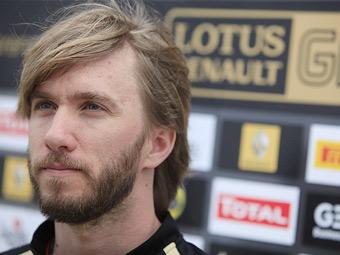 Напарник Виталия Петрова уволен из Renault