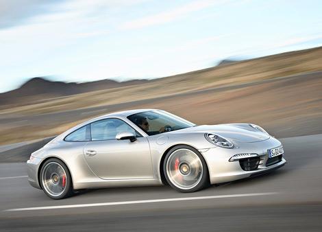 Компания Porsche официально представила спорткары 911 нового поколения