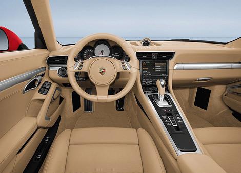 Компания Porsche официально представила спорткары 911 нового поколения. Фото 2