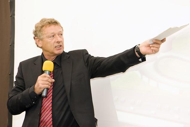 Главный архитектор Формулы-1 рассказал о себе и о своих трассах. Фото 1