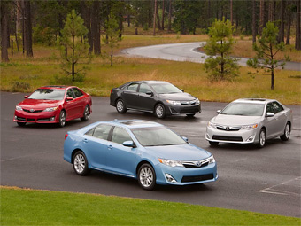 В России новая Toyota Camry появится осенью