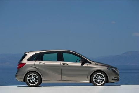 Компания Mercedes-Benz официально представила B-Class следующего поколения. Фото 2
