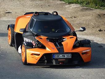 Трековый спорткар KTM X-Bow снабдили крышей
