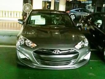 Обновленное купе Hyundai Genesis сфотографировали без камуфляжа
