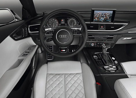 """Компания Audi показала """"заряженную"""" модификацию седана A8 - S8. Фото 3"""