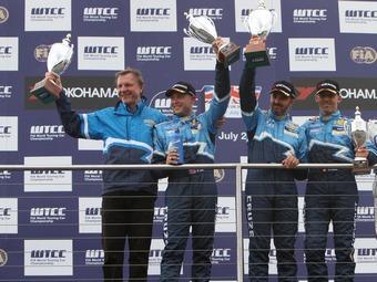 Пилоты Chevrolet в пятый раз в сезоне заняли весь подиум на гонке WTCC