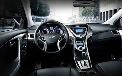 Компания Hyundai назвала стоимость модели Elantra нового поколения для российского рынка. Фото 2