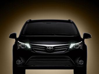 Появилась первая фотография обновленного Toyota Avensis