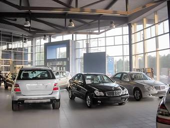 Автодилеры пожаловались в ФАС на автопроизводителей