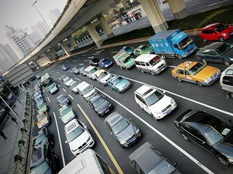 В Китае замедлился рост продаж автомобилей