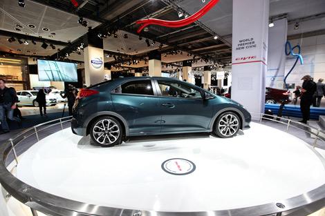 Во Франкфурте дебютировал хэтчбек Honda Civic нового поколения. Фото 1