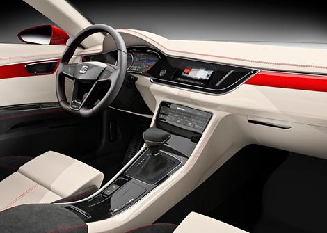 Компания Seat представила прототип седана с гибридной силовой установкой. Фото 1