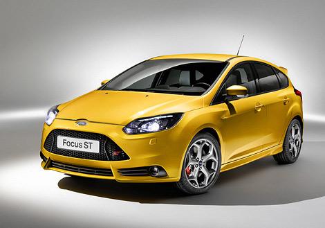 На моторшоу во Франкфурте состоялась премьера Ford Focus ST нового поколения. Фото 1