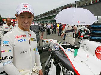 Камуи Кобаяси пригласил жертв цунами на Гран-при Японии