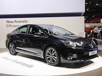 Состоялась премьера обновленных Toyota Avensis